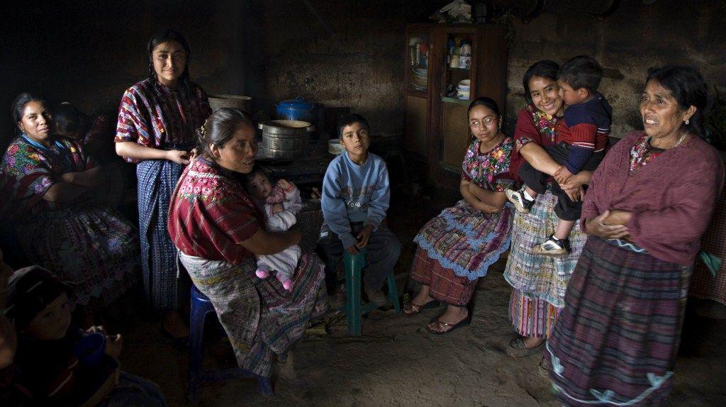 Día 3: Pueblos mayas - Visita al volcán