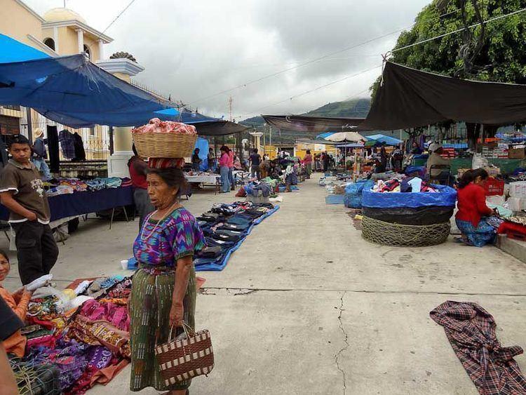 Día 1: Antigua - San Andrés Itzapa - Campamento Terra